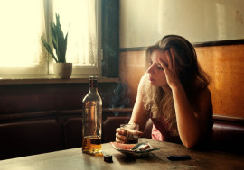 drinking woman smoking